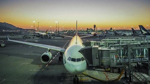 Hong Kong International Airport & Cathay Pacific