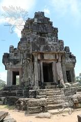Angkor_Ta_Keo_2014_05