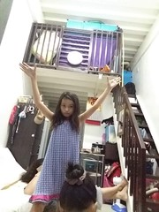 good night (ghostgirl_Annver) Tags: asia asian girl annver teen preteen child kid daughter sister family portrait stairs good night