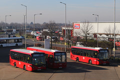 SN66 WNV, YX13 EFR & SN66 WNT, Hatton Cross, February 25th 2019 (Southsea_Matt) Tags: yx13efr 8810 sn66wnv 8168 sn66wnt 8166 routeh26 abellio enviro200 mmc e200 adl alexanderdennis hattoncross greaterlondon england unitedkingdom february 2019 winter canon 80d bus omnibus vehicle transport
