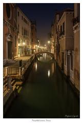 Tranquilidad nocturna. Venecia. (Rafael Cejudo Martinez) Tags: venecia nocturna paisaje
