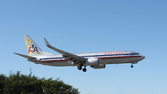 Flagship Liberty (ƒliçkrwåy) Tags: n905an boeing 737 737800 737823 american airlines aviation airliner aircraft laguardia lga klga