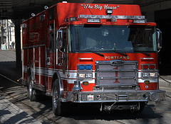 The Big House (Scott 97006) Tags: truck fire rescue vehicle street emergency pierce