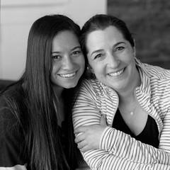 Family Portrait (koni-omegaman) Tags: minneapolis minnesota usa portrait women hasselblad 500c 150mm ultrafinextreme400 l110 6x6 square blackandwhite film mediumformat naturallight window group6x6