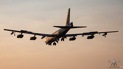 60-0025/LA B52H 2ndBW Fairford (John Mason 2019) Tags: wwwbhxspottercom fairford egva sunset landing b52h deployment
