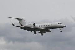 N922CB (IndiaEcho) Tags: n922cb gulfstream g450 eglf fbo london farnborough airport airfield general civil corporate business aircraft aeroplane aviation jet bizjet biz hampshire england canon eos 1000d