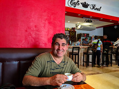 Cafecito time at Café Real in Sagua la Grande (lezumbalaberenjena) Tags: sagua villas villa clara cuba 2019 lezumbalaberenjena cafe café real