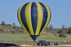 Igualada-Odena airfield. LEIG. (Josep Ollé) Tags: balloon globus globo ultramagic igualada aeródromo aerodrom pruebas test flight