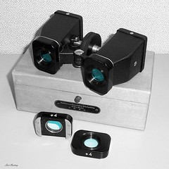 Stereobinokel_bw-farb_tx_P1340345 (said.bustany) Tags: bruchköbel hessen 2019 februar stereoskop stereoscope stereobinokel 1950 public