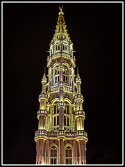 Paseando por Bélgica (edomingo) Tags: edomingo olympusomdem5 mzuiko1240 bruselas bélgica grandplace ayuntamiento arquitectura nocturnas paisesbajos