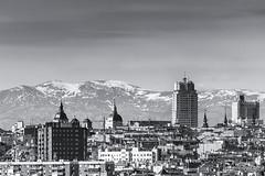 Madrid (profesorxproyect) Tags: nikon madrid byn blackandwhite blancoynegro bw bn españa spain streetphotography street mountain montaña paisaje urban
