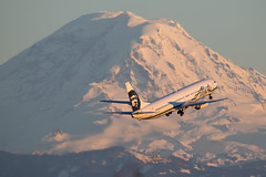 2019_03_18 KSEA stock-47 (jplphoto2) Tags: 737900 alaskaairlines alaskaairlines737900 boeing737 jdlmultimedia jeremydwyerlindgren ksea n302as sea seatac seattletacomainternationalairport aircraft airline airplane airport aviation