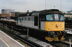 33021 2 190693 (stevenjeremy25) Tags: 33 brcw crompton bobo diesel southern loco locomotive railway train br type3 33021 ballast trainload construction