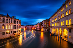 "Peak hour in the ""Canal Grande"". (darklogan1) Tags: venice italy sony nightphotography reflection urban water clouds logan darklogan1 channel sonyilce7rm3 canalgrande ef1635mmf4l longexposure"