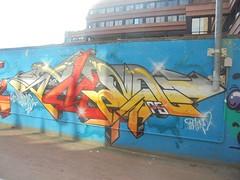 50981274_757856621254624_7852423230500372480_n (en-ri) Tags: amen 95 giallo azzurro rosso arrow genova zena wall muro graffiti writing giardinidiplastica giardinibaltimora 2018