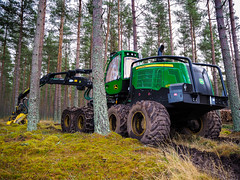 Merry Christmas. (HivizPhotography) Tags: john deere 1270g 8w harvester harvesting forestry forest logs timber production christmas mud green tree scotland uk wheeled