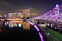 MBS Night_2018123006 (dyong74) Tags: singapore marina bay sands mbs nightscape cityscape landscape skyline night scenery mandarin oriental hotel ritz carlton floating platform water bridge reflection