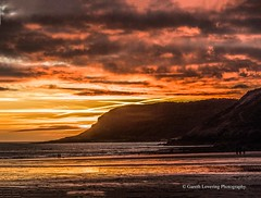 Sunset over Caswell Bay 2019 01 25 #66 (Gareth Lovering Photography 5,000,061) Tags: sunset sun sunny sunshine caswell gowercoast gower swansea wales seaside landscape beach walescostalpath olympus penf garethloveringphotography