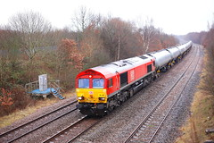Oh When The Reds.... (marcus.45111) Tags: db treeton class66 66034 gm moderntraction freight train railway flickr flickruk canon50mmf18 ukrailways 2019