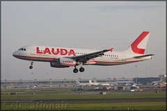OE-LOM Airbus A320-232 Laudamotion (elevationair ✈) Tags: dublin airport dublinairport dub eidw airliners airlines avgeek aviation airplane plane arrival landing sun sunny sunshine airbus a320 airbusa320232 lauda laudamotion lcc lowlostcarrier budgetairline oelom