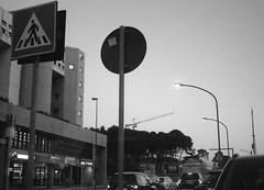 Bari, Puglia, 2019 (biotar58) Tags: bari puglia italia apulien italien apulia italy southernitaly southitaly streetphotography twilight crepuscolo russar russar20mm56