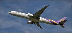 Thai Airways HS - TKO (Stefan Wirtz) Tags: hstko zrh lszh thaiairways thaiairwaysb777 boeing boeingb777 boeingb7773aler b777 b7773aler kloten zürich zürichairport zürichflughafen zurich kantonzürich airportzürich aeroportzurich flughafenzürich flughafen flugzeug passagiermaschine passagierjet jet jetplane düsenjet düsenflugzeug widebody grossraumflugzeug langstreckenflugzeug runway runway32 departure abflug start startphase cockpit himmel steigflug