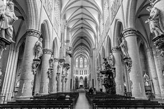 St Michael and St Gudula Cathedral, Brussels (jussitoivanen) Tags: architecture architectur church cathedral blackwhite blackwhitephotos blackandwhite blacknwhite blancnoir blancetnoir noiretblanc monochrome