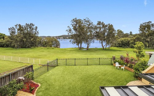 39 Bayside Dr, Green Point NSW 2428