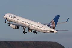 Boeing 757-224 N41135 United Airlines (Mark McEwan) Tags: boeing boeing757 b757 boeing757224 n41135 unitedairlines ua edi edinburghairport edinburgh aviation aircraft airplane airliner greendykesbing