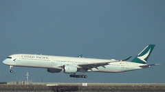 B-LXE Cathay Pacific Airbus A350-1041 (BayAreaA380Fan Photography) Tags: airbus boeing boeing747 airbusa330 747 a330 a340 airbusa340 777 boeing787 boeing777 787 dreamliner a350 airbusa350 sanfranciscointernationalairport ksfo sfo planespotting airplane jet swiss aircanada airfrance cathaypacific turkishairlines aerlingus sas scandinavianairlines virginatlantic qantas fijiairways airchina