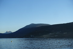 Semnoz @ Plage d'Albigny @ Annecy-le-Vieux (*_*) Tags: march 2019 hiver winter afternoon europe france hautesavoie 74 annecy savoie annecylevieux plagedalbigny lacdannecy lakeannecy lac lake sunset sunny mountain bauges