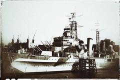 HMS Belfast circa 2019 (marc.barrot) Tags: monochrome retro vintage uk se1 london southwark thequeen'swalk hmsbelfast