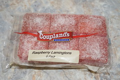 Coupland's Lamingtons (Like_the_Grand_Canyon) Tags: new zealand neuseeland kiwi food essen meal christchurch vacation travel holiday december 2018