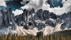 The Latemar in South Tyrol - View from the Karersee (Ostseetroll) Tags: dolomiten geo:lat=4641002365 geo:lon=1157539662 geotagged ita italien latemar südtirolaltoadige southtyrol berge mountains alpen alps dolomites dolomiti olympus em5markii