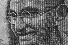 100 Rupees Ghandi Minolta X700 50mm Macro lens (shakmati) Tags: minolta bw monochrome film x700 macro micro black white negro shiro blanc blanco nero rokkor 50mm noir ghandi india