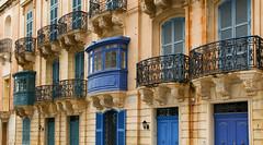 Blue balconies (Siuloon) Tags: balconies architektura architecture architettura valletta malta lines linia balkone gebäude fassade building window