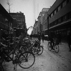 Expired street photo (Sonofsono) Tags: lubitel lubitel2 expired film finland oulu black bw white 120 r09 rodinal tlr svema