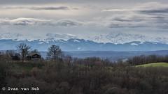 The view (Ivan van Nek) Tags: hautegaronne 31 france occitanie midipyrénées frankrijk frankreich nikon nikond7200 d7200 derailinator view panorama mountains horizon bergen pyrénées pyrenees pyreneeën clouds sky winter snow sneeuw snowcoveredmountains picdumididebigorre