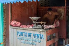 _DSC8091 (frangher) Tags: baracoa cuba viaggi vitadistrada persone travel people macellaio butcher streetlife carnicero nikon d3100 carne nikonflickraward ngc
