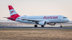 Airbus A320-214 OE-LBK Austrian Airlines (William Musculus) Tags: william musculus airport plane aviation airplane spotting oelbk austrian airlines airbus a320214 frankfurt am main rhein frankfurtmain fraport fra eddf a320200 os aua