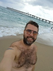Lake Woth Pier Selfie (Toni Kaarttinen) Tags: usa unitedstates florida wpb america lakeworth lw palmbeachcounty man guy beard bear selfie hairy scruff beach lakeworthbeach pier lakeworthpier topless chest hairychest trunks tattoo smile