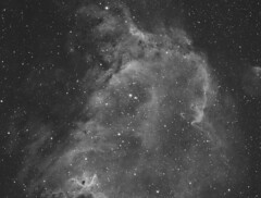 IC1848 - Soul Nebula (DeepSkyDave) Tags: astrophotography astrofotografie astronomy astronomie night sky nacht himmel stars sterne deepsky cosmos kosmos natur nature long exposure langzeitbelichtung low light astrodon bw