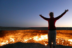 Gate to Hell (LeelooDallas) Tags: turkmenistan darvaza crater karakum desert sand fire dana iwachow dragoman silk road trip overland september 2018 steve