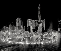 Las Vegas magic in Black&White (elnina999) Tags: las vegas nevada bellagio fountain show black white bw water night silhouette tourist lights cityscape strip landscape building hotel downtown pond pixelphone