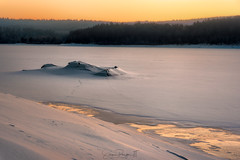 Singing Ice at Dawn (Simmie | Reagor - Simmulated.com) Tags: 2019 cold colebrook connecticut connecticutphotographer d750 dawn frozen ice lake landscapephotographer march morning naturephotographer newengland nikon sunrise winter digital reservoir