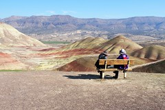 """Oh No!""  I left the camera in the car. (Eclectic Jack) Tags: eastern oregon trip october 2018 rural autumn fall mountains painted hills hill central man woman people lunch"