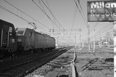 milano area dicembre 2018 #23 (train_spotting) Tags: milanorogoredo lenord ferrovienordmilano nordcargo dbcargoitaliasrl traxxf140dc e4831034inc bombardier es64f4 siemens class189vi dbcargoitaliaservice mrcedispolok e1894027idispo nikond7100