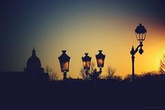 Paris (Loran de Cevinne) Tags: lorandecevinne pentax paris clairobscur crépuscule panthéon ombres pénombre contrejour france hiver