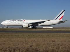 F-GSPA, Boeing 777-228(ER), 29002 / 129, Air France, CDG/LFPG 2019-02-15, taxiway Bravo-Loop. (alaindurandpatrick) Tags: 29002129 fgspa 777 772 777200 boeing boeing777 boeing777200 jetliners airliners af afr airfrance airlines cdg lfpg parisroissycdg airports aviationphotography