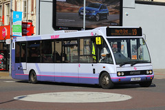 YJ58 CEV, Commercial Road, Portsmouth, September 7th 2016 (Southsea_Matt) Tags: yj58cev 53065 route19 commercialroad firsthampshire optare solo portsmouth hampshire september 2015 autumn canon 60d 1850mm omnibus bus passenger travel public transport vehicle
